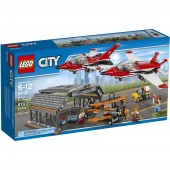 LEGO City Parada de aviatie pe aeroport 60103